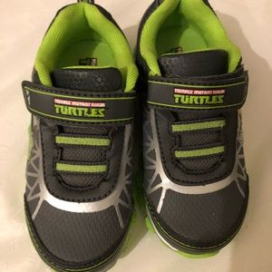 Other - Ninja Turtles Sneakers light up